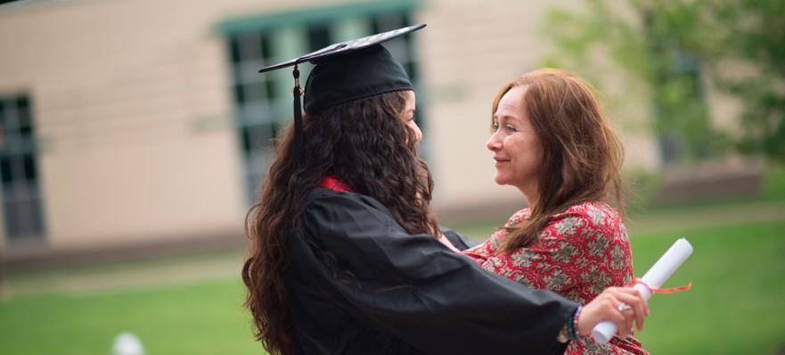 Se busca talento entre universitarios de primera generación