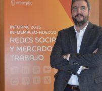 Pedro de Vicente de exprimiendolinkedin.com en la presentación de empleo y redes