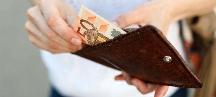 Ayuda de 430 euros para jóvenes