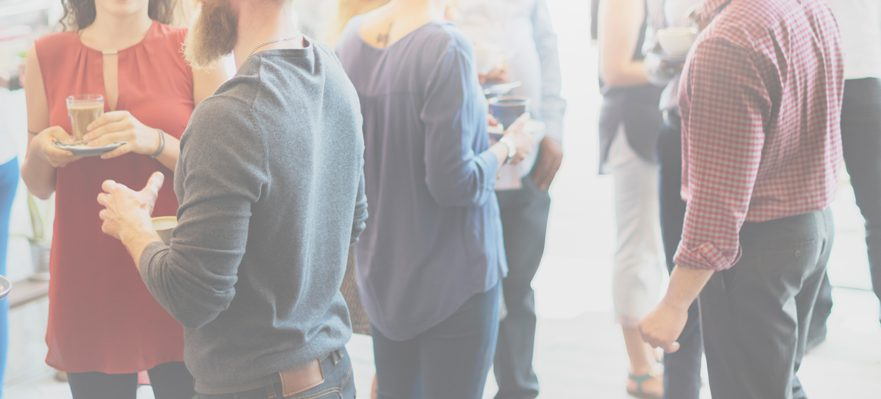 Organízate tras un evento de networking
