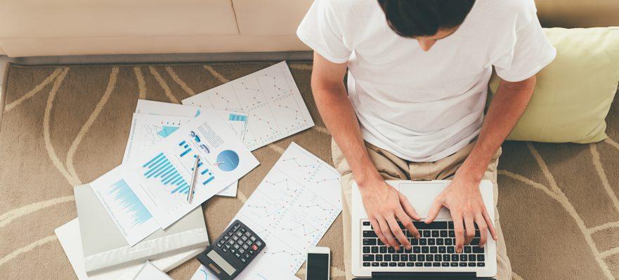 Como es un contrato freelance