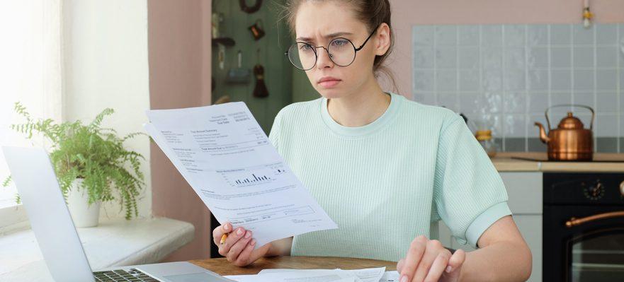 Buscar solución a los Préstamos Renta Universidad