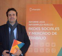 Carlos Méndez de BBVA en la presentación de empleo y redes