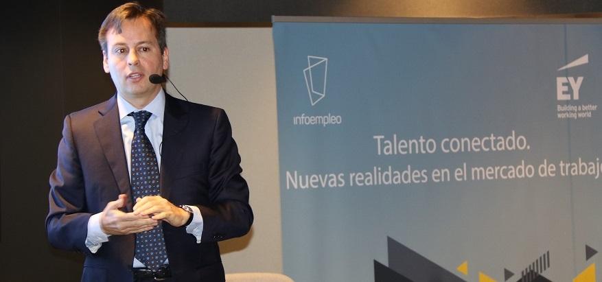 Jorge Guelbenzu en la presentación del informe talento conectado