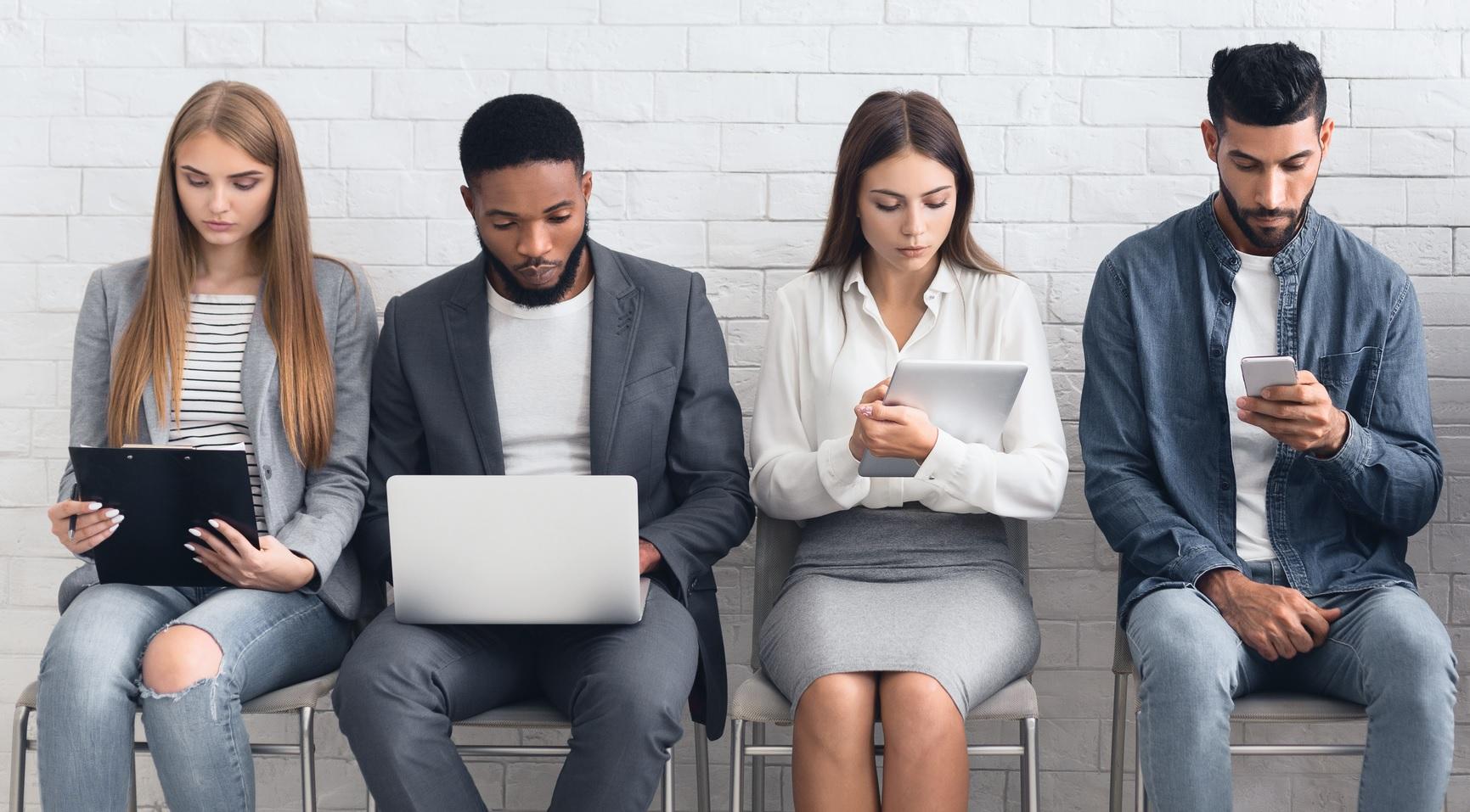 Uno de cada tres universitarios no encuentra trabajo cuatro años ...